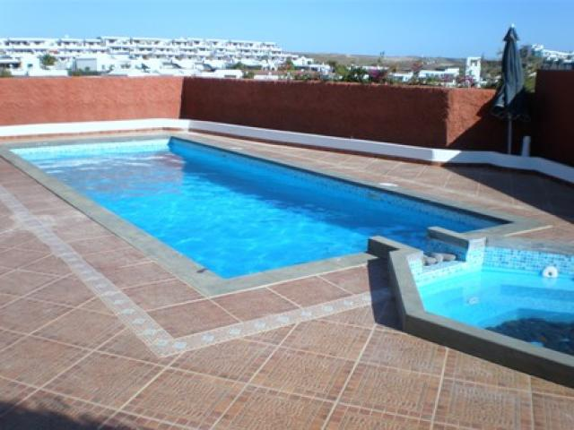 Beautiful 5 bedroomed villa with large terrace