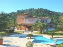 Luxury property in idyllic finca area withafantastic viewuxury property