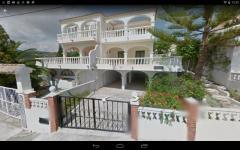 Mediterranean semi-detached house