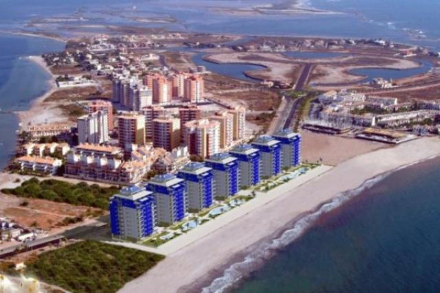 Property in Spain.New apartment from builder in La Manga,Costa Calida,Spain