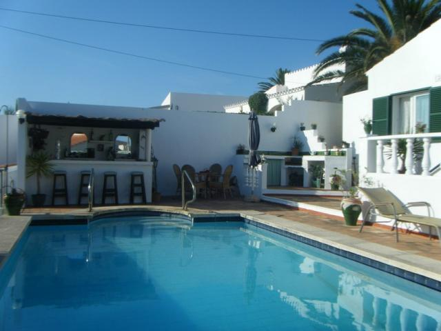Luxury Villa With Own Bar & Swimming Pool