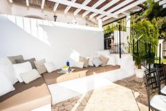 MODERN VILLA IN COSTA DE LA CALMA WITH TOURIST RENTAL LICENCE 1.2M€