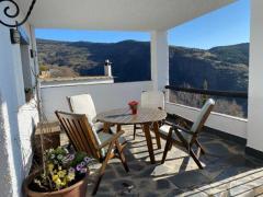 Hotel y restaurante en Las Alpujarras