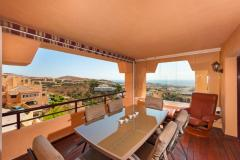 Fantastic 4 bed duplex apartment with stunning views