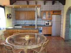 Finca with two annexed country houses in a very nice location close to the village of Alora.