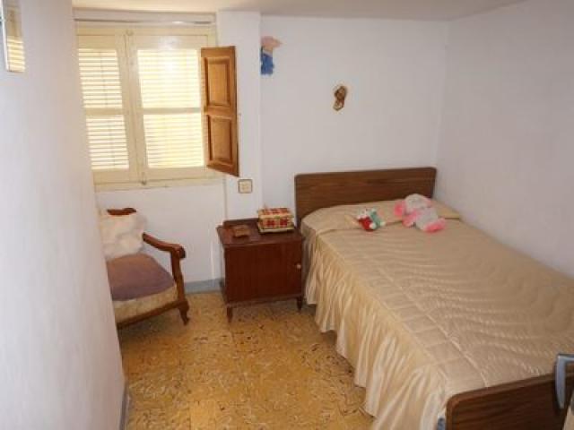 Lanjaron 5 bed townhouse