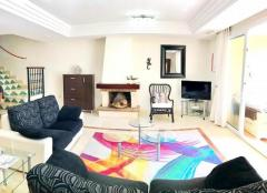 Elegant 3 -bed Townhouse Villa in private, gate Urbanisation in Costa del Sol