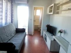 FULLY RENOVATED STUDIO FLAT