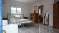 5 bed, 4 bath Villa
