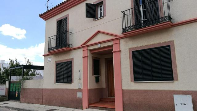 Semi-detached house near Seville