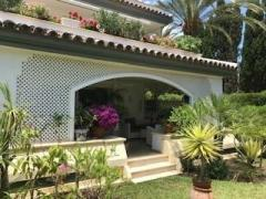 Dominion Beach Estepona - beachside - 2 bedroomed apartment