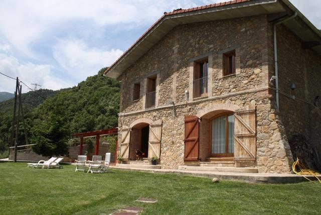 Casa La Mina With 17 Ha Of Land On The Pyrenees Cercs